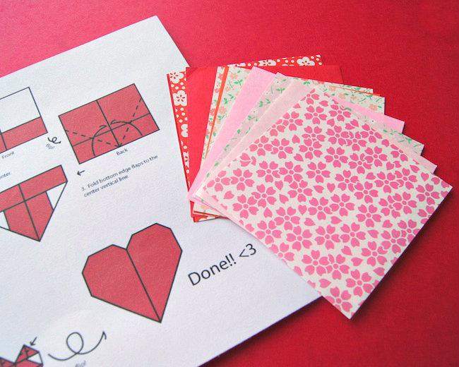 Открытка с сердечками оригами
