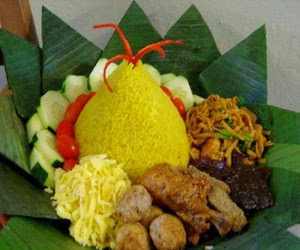 Resep Nasi Kuning Untuk Tumpeng