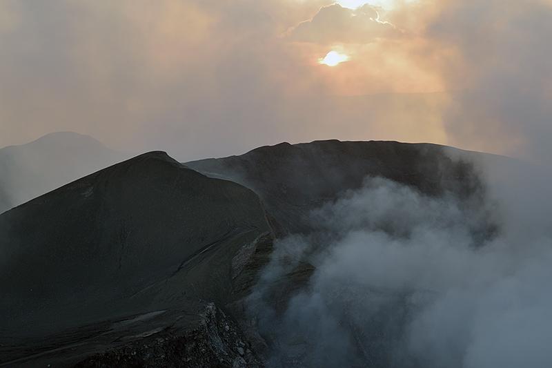 Le volcan Masaya au coucher du soleil