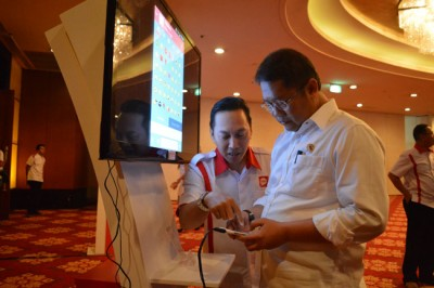 Menkominfo Dorong Aplikasi Indonesia Messenger (IMES) Raih 30 Juta Pelanggan