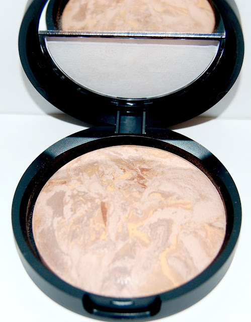 Laura Geller Baked Balance N Brighten Color Correcting Foundation