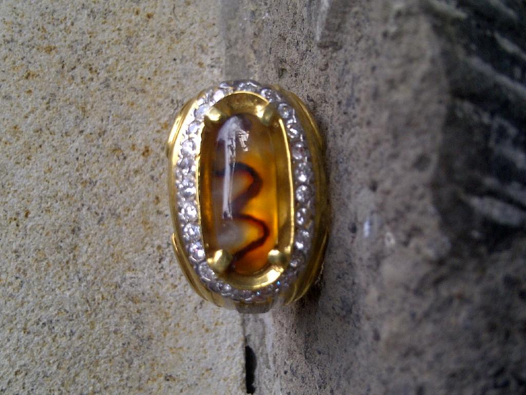 Batu Permata Natural Akik Madu (SOLD)