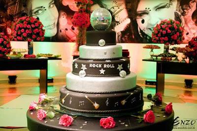 Bolo estilo Rock