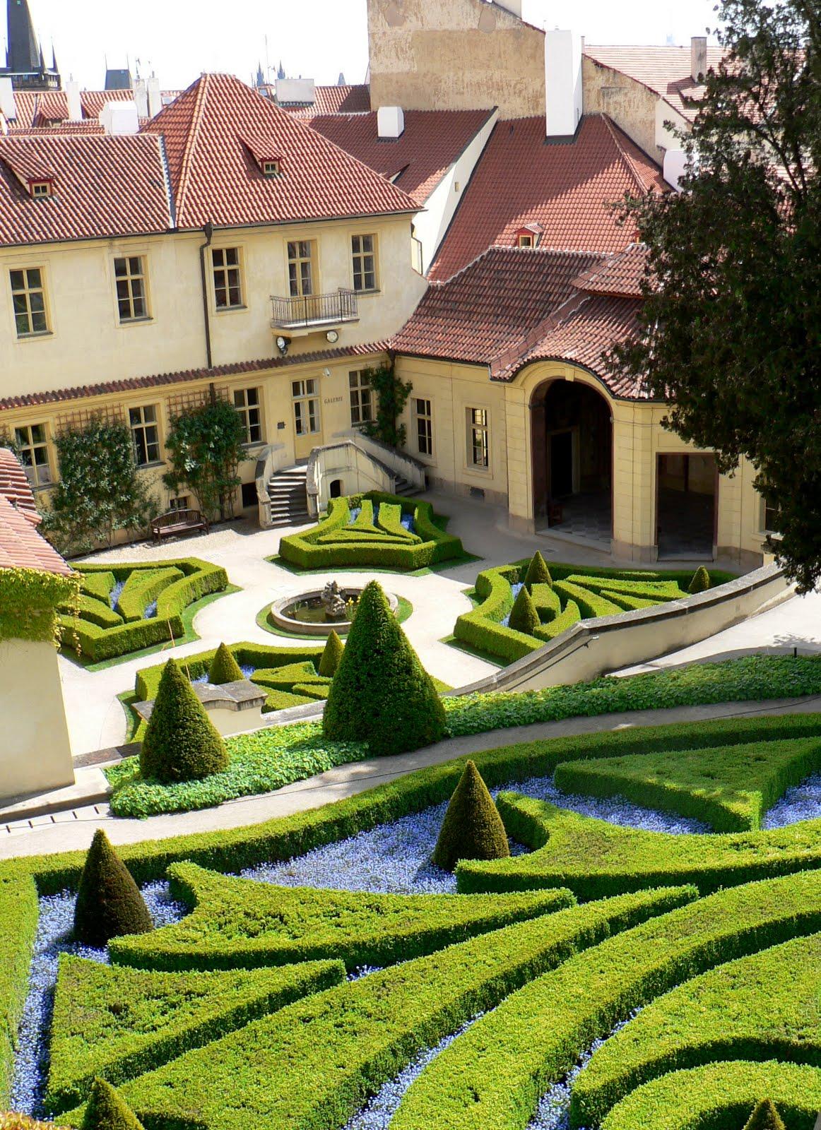 La route des livres le jardin vrtba for Cordeau de jardin