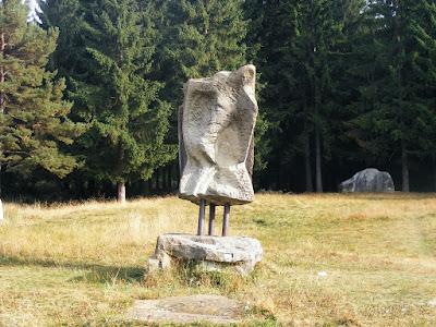 Sculpturi Hotel Montana Covasna