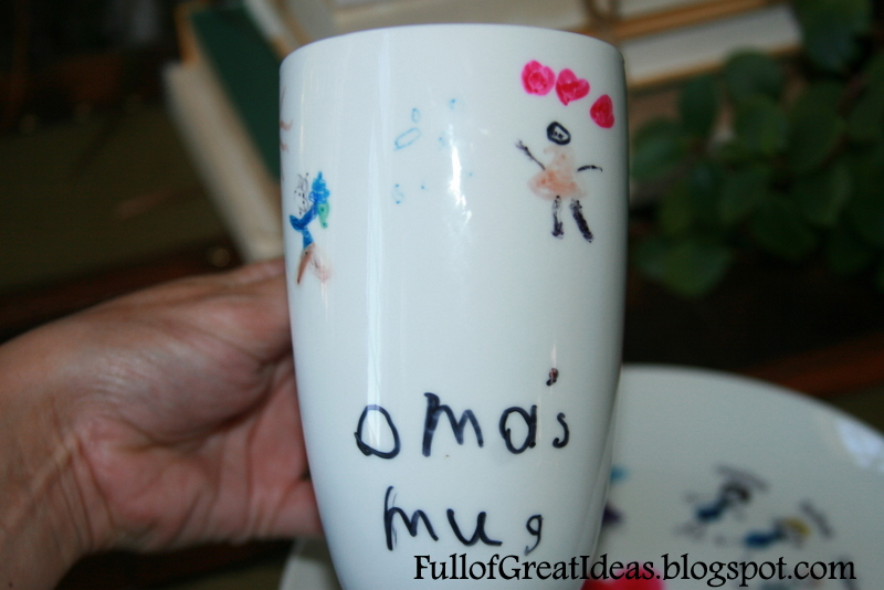 Donu0027t worry though I did not give up that easily. This is a great gift idea for grandparents and I had to find a way to make it work this year for ... & Full of Great Ideas: Christmas in August - Permanent Marker Designs ...