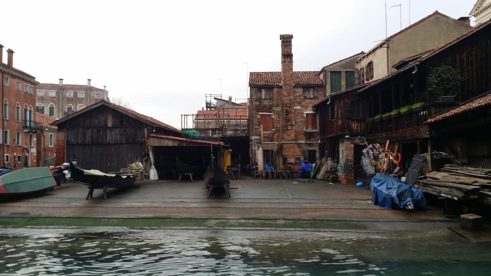 van-en-vadrouille-fondamenta-nani-Venise-gondoles