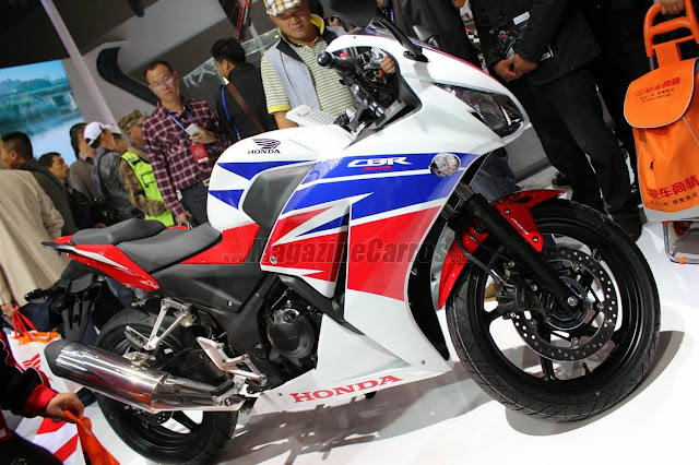 nova CBR 300 R 2014