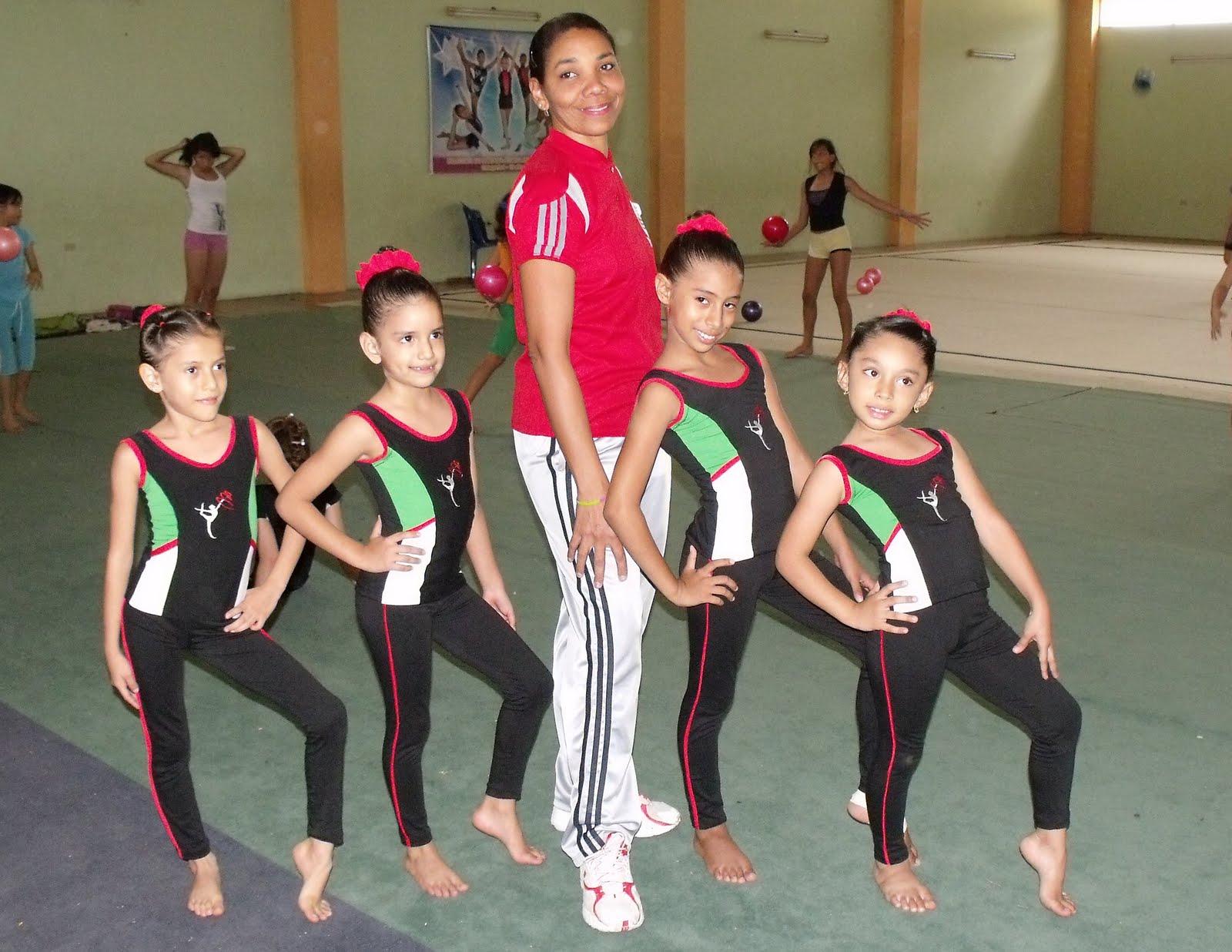 Deporte manaba manab participar en nacional de gimnasia for Deportes de gimnasia