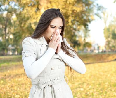 woman girl sneezing -  Tips to Prevent Allergies  - cold fever
