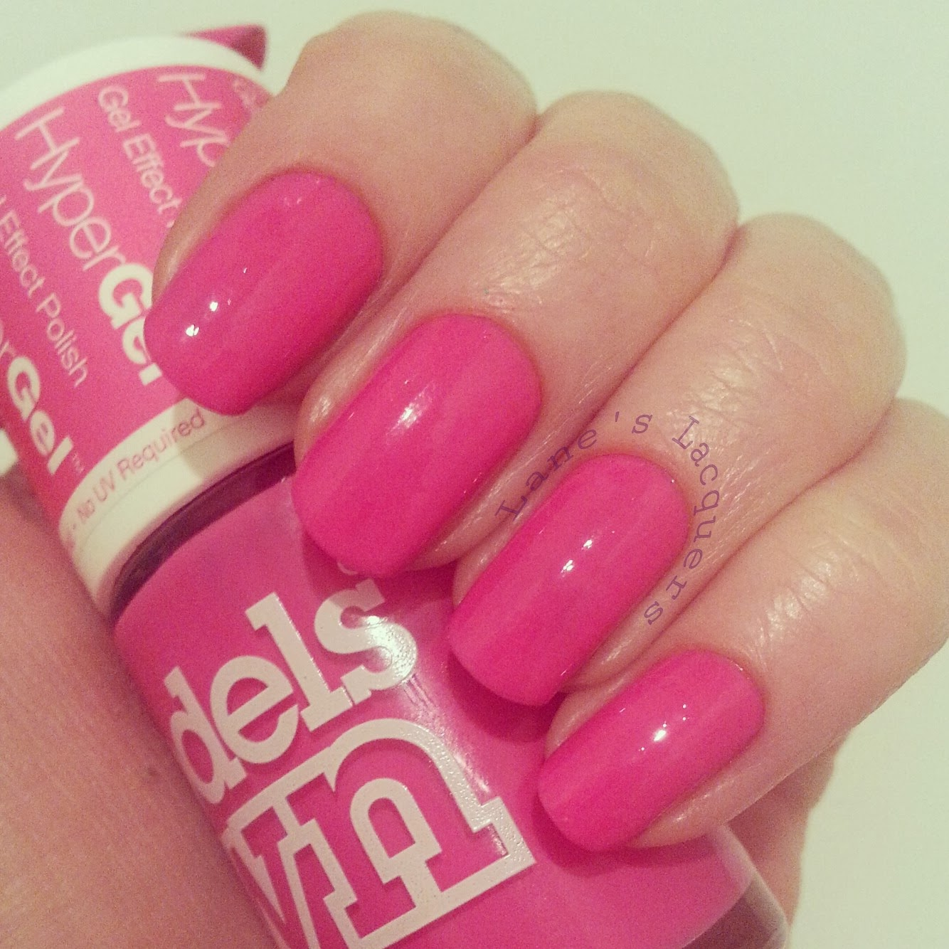 models-own-hypergels-cerise-shine-nails