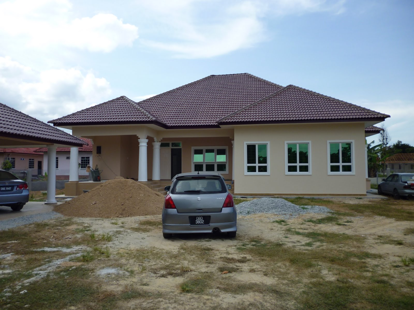 Rumah terkini pasang 'awning'