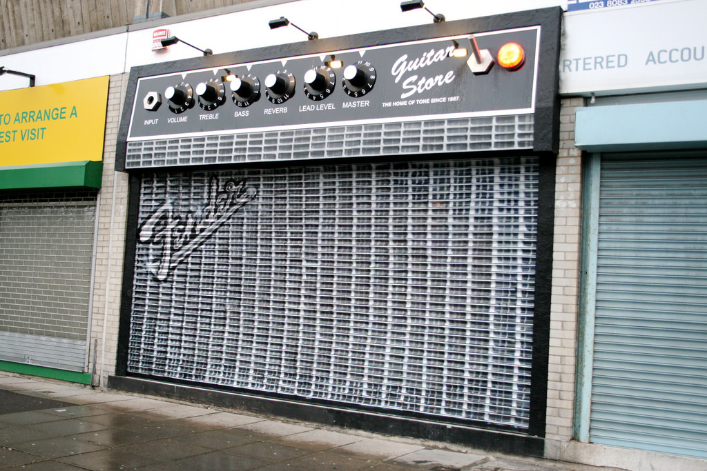 Cool Fender Amp Shop Front | Cool Things ...