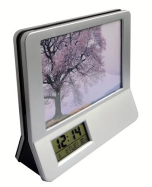 "CENTRUM LINK - ""2 in 1 - SILVER PHOTO FRAME With 12 Digits CALCULATOR,ALARM CLOCK & TEMPERATURE"""