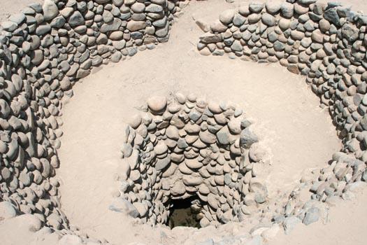 Подземные акведуки Наска Перу