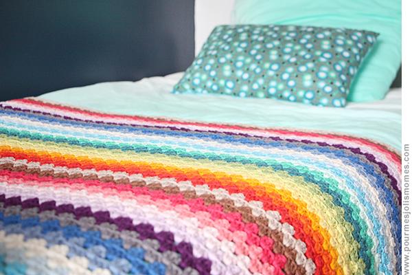la couverture rainbow au crochet diy pour mes jolis m mes mais pas que. Black Bedroom Furniture Sets. Home Design Ideas