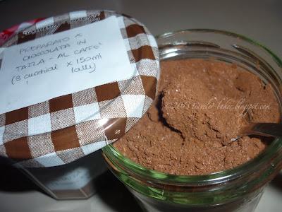 preparato per cioccolata calda in tazza