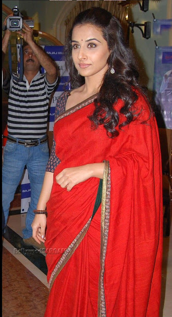 Beautiful Vidya Balan in red saree full picture really pretty