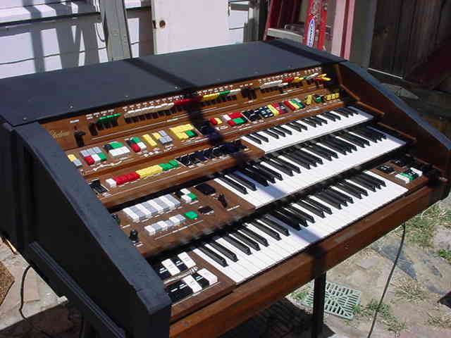 Used Yamaha Y D Organ