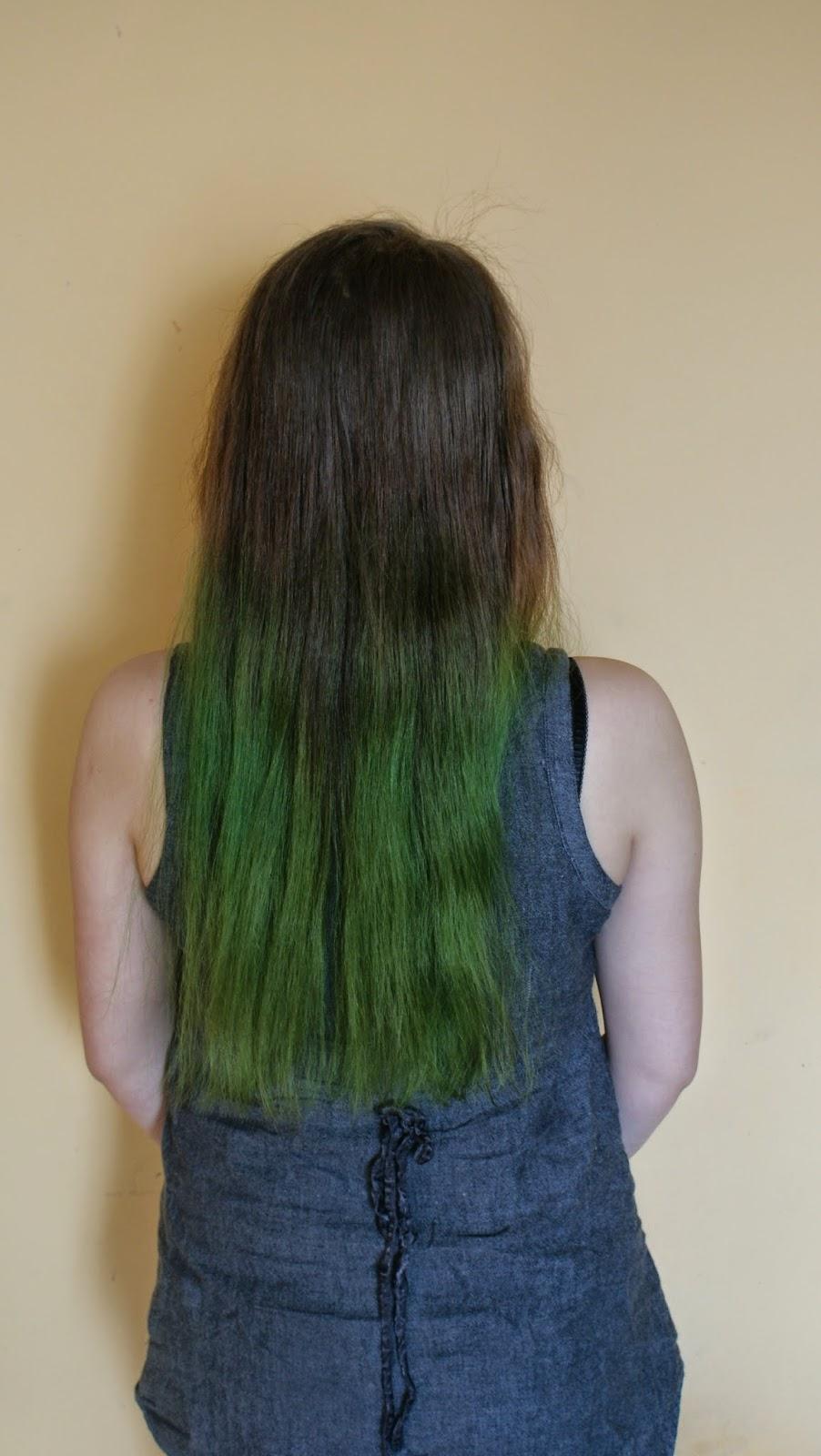 Dzień dla włosów: zielone włosy