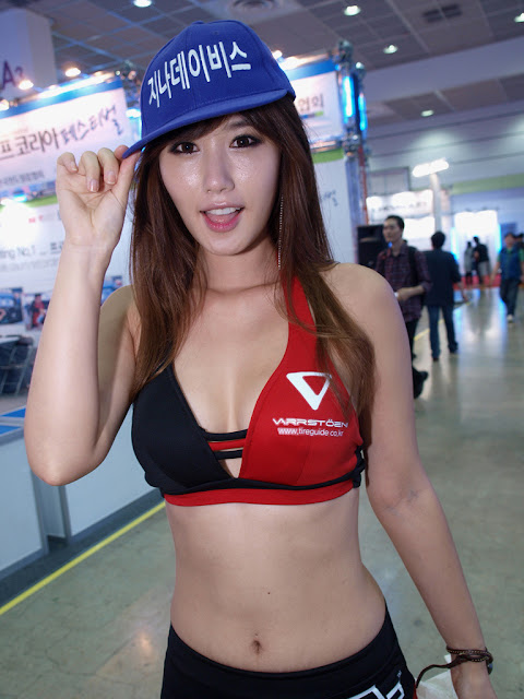 4 Song Jina - Seoul Auto Salon 2012-Very cute asian girl - girlcute4u.blogspot.com