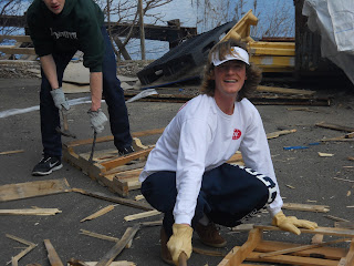 volunteers Lucas oyster shell recycling