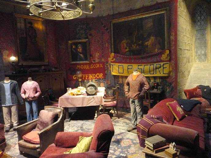 Salão Comunal da Grifinória - Visitando os Estúdios de Harry Potter em Londres