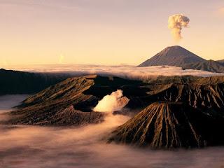 Bromo Tour Package : Yogyakarta Tour, Bromo Tour, Ijen Tour, Bali Tour