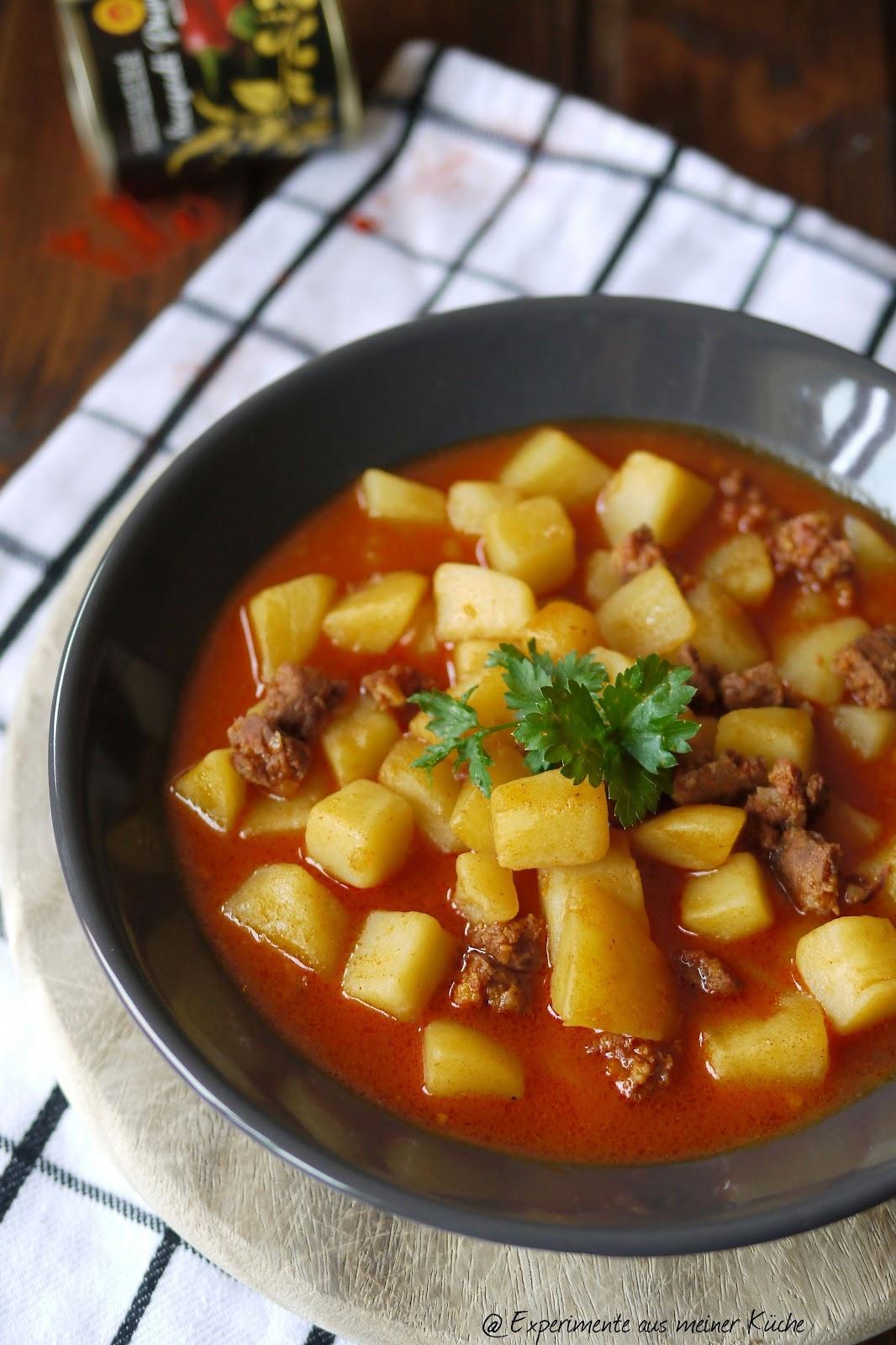 Experimente aus meiner k che ungarisches kartoffelgulasch for Ungarisches paprikapulver