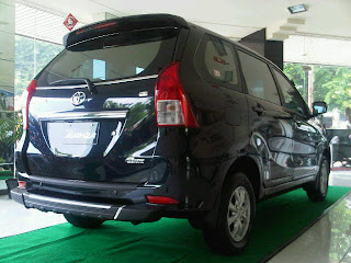 new avanza back door