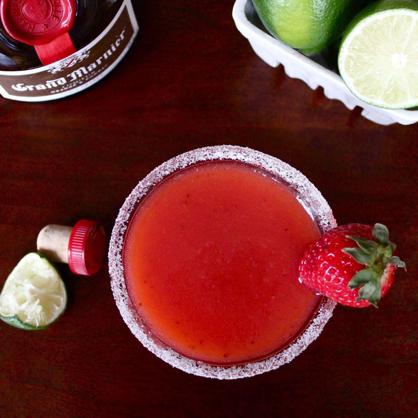 Butrcreamblondi: Strawberry Rhubarbarita
