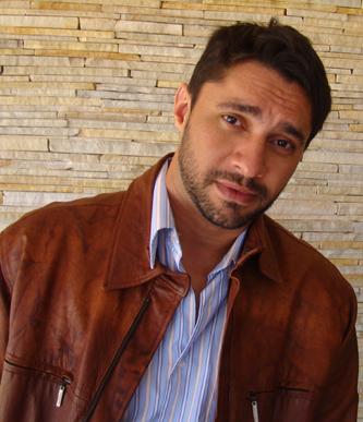 Escritor Roberto Muniz Dias, autor de Errorragia
