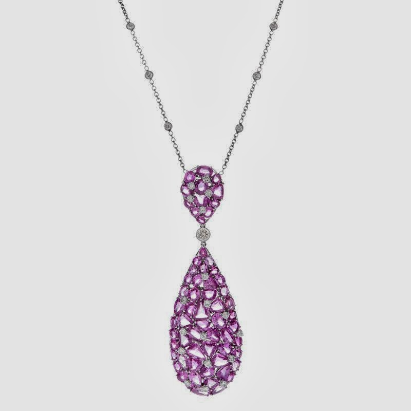 beauty and fashion pink diamond necklace
