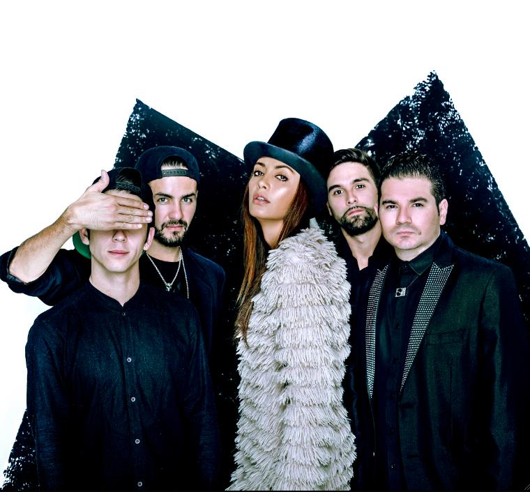 CAROLINA-GUERRA-ONIX-PROYECTO-MUSICAL-2014