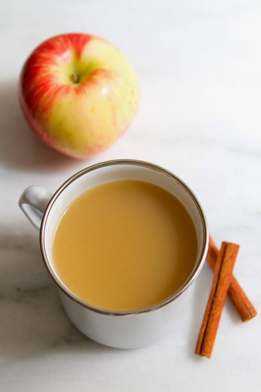Little Market Kitchen: Lemon Ginger Apple Cider