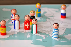 Flag Peg People & Continent Maps
