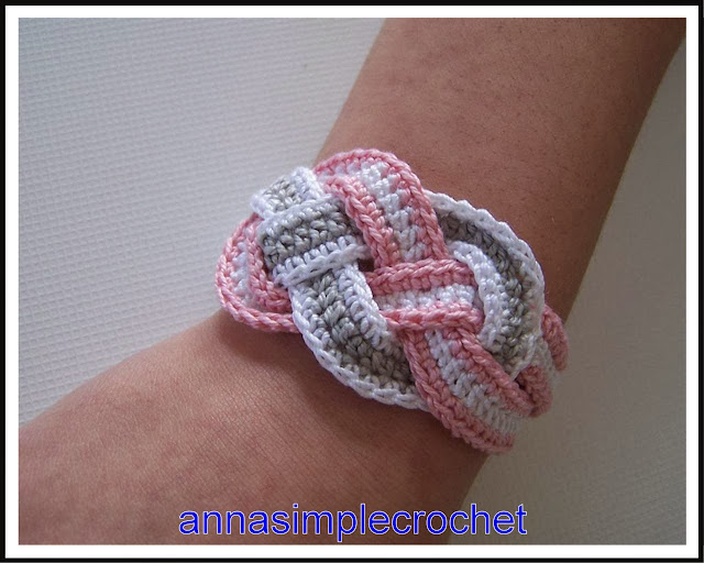 Crochet Patterns Step By Step : ergahandmade: Crochet Bracelet + Free Pattern Step By Step