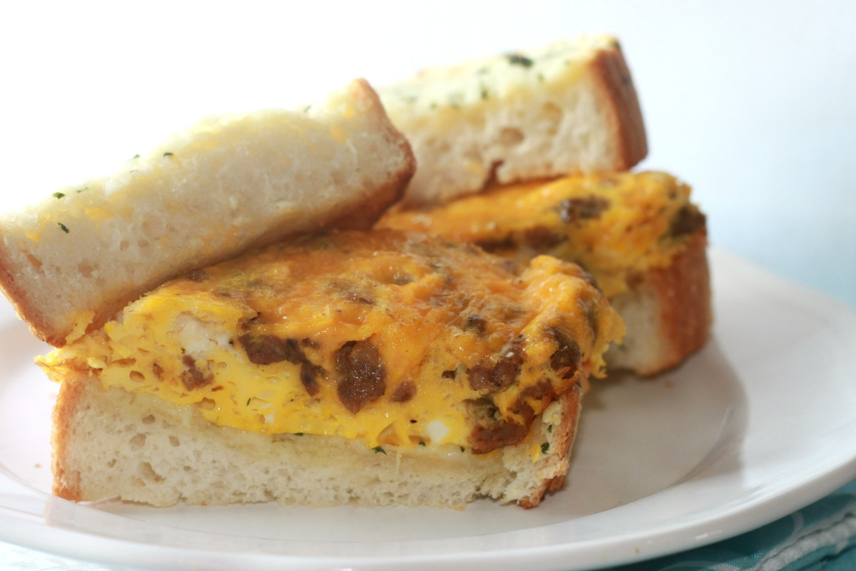 ... for Cookies and more: Texas Cheesy Garlic Toast Breakfast Sandwich