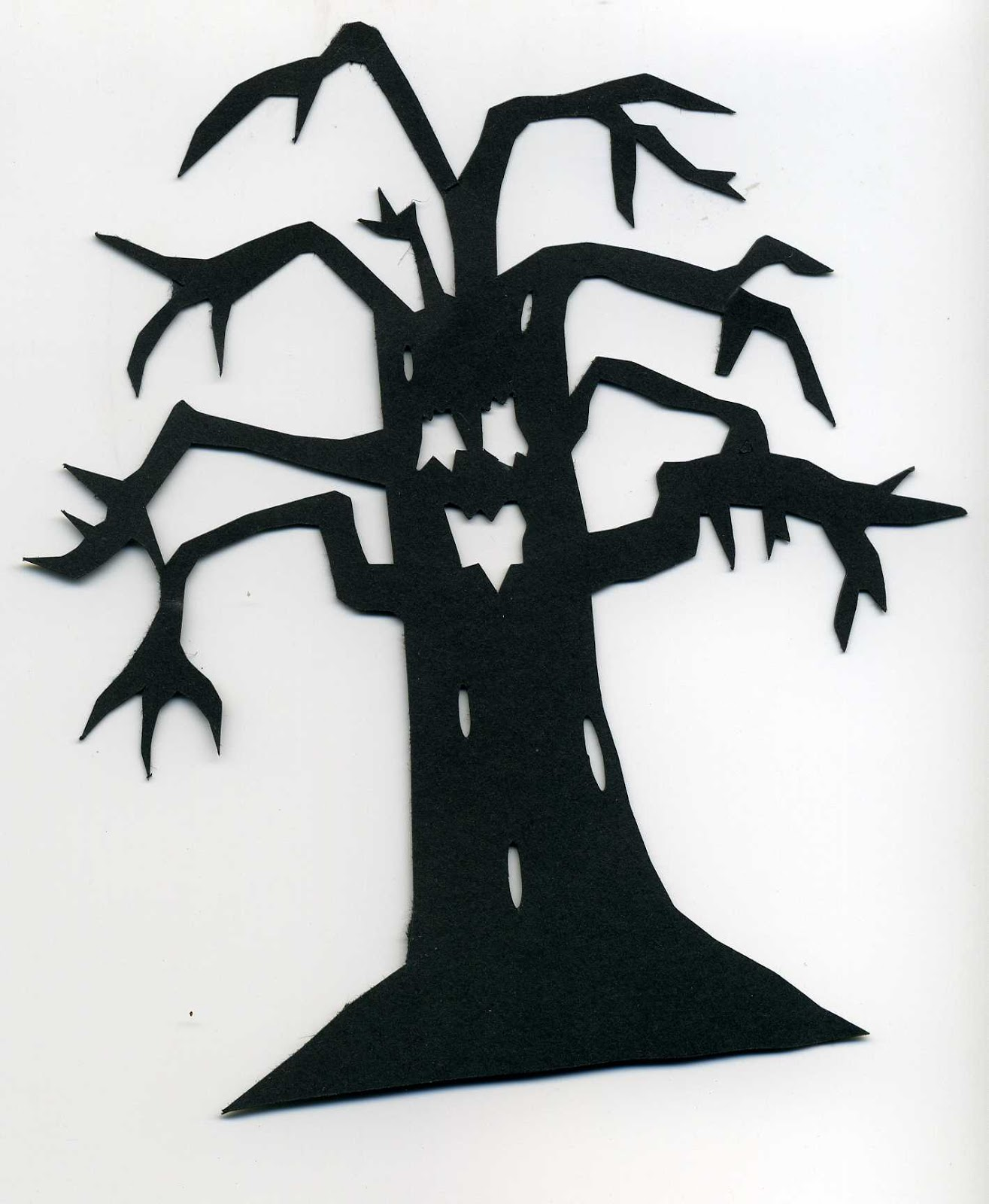 Halloween tree silhouette patterns patterns kid furniture for Spooky letter stencils