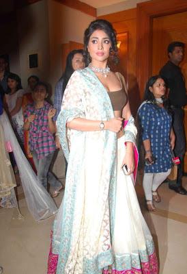 shreya rwalk actress pics