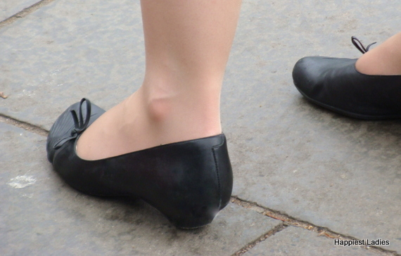 classic black shoes for ladies