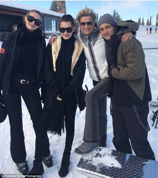 Gigi Hadid Ski