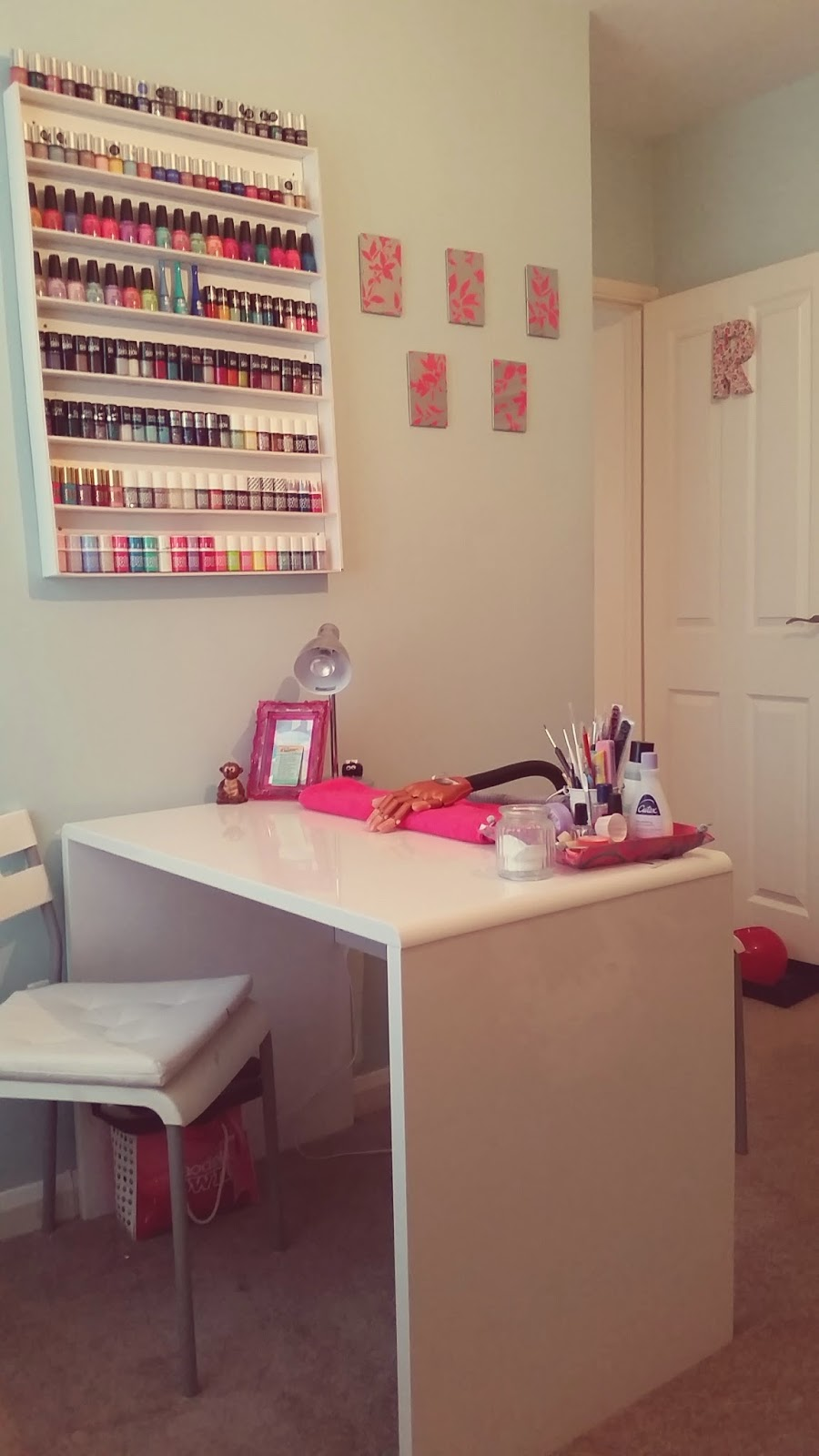 lanes-lacquers-nail-room