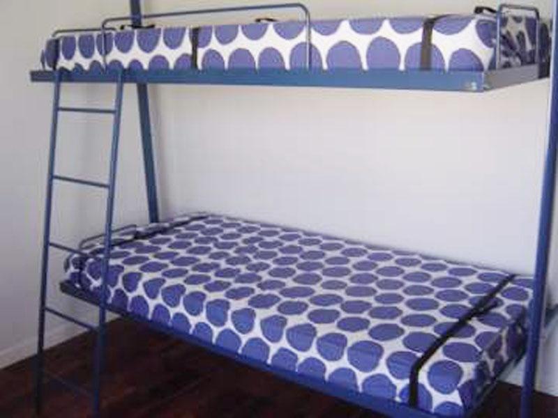 Publicado por Camas abatibles BUNKER BED en 21:18 No hay comentarios: 800 x 600