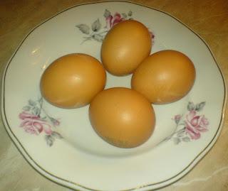 oua, retete si preparate culinare cu oua, oua pentru saksuka, retete de mancare,