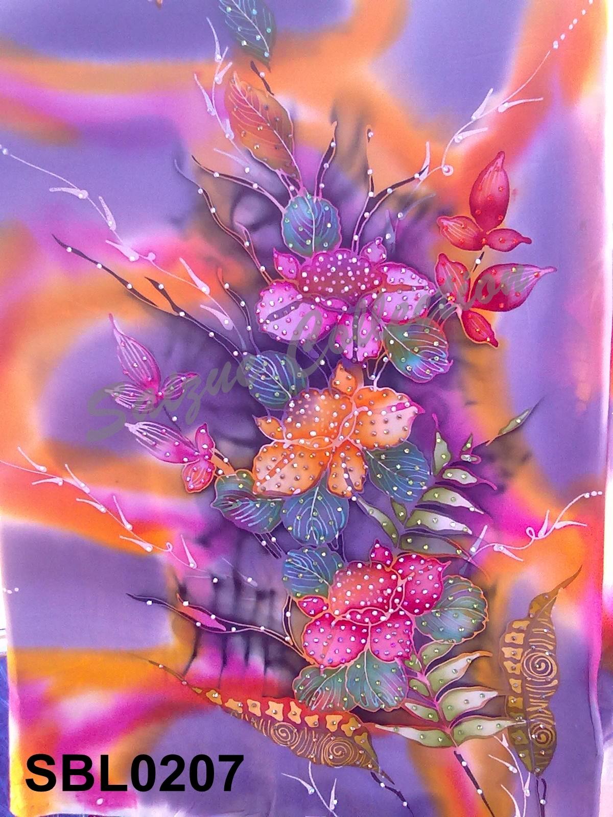 Batik Pasang Eksklusif Jaquard Silk Dengan Hiasan Berlian
