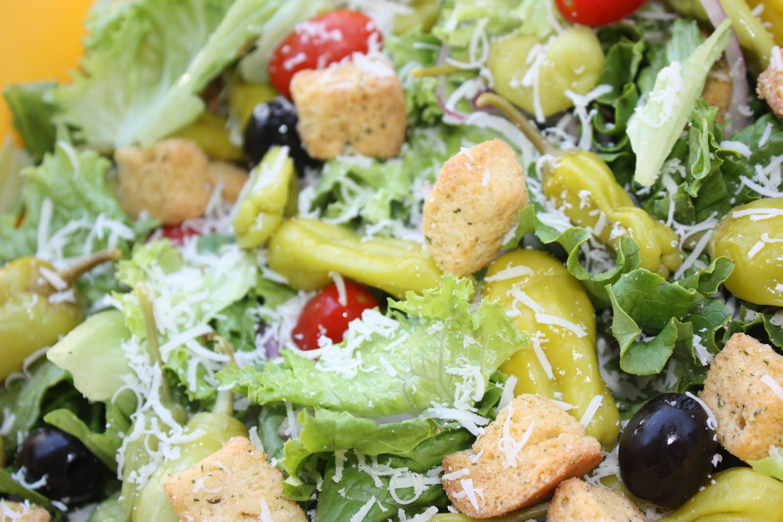 Southern Living Yankee Light Olive Garden Salad