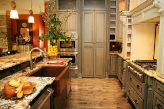 tuscan kitchen cabinets picture
