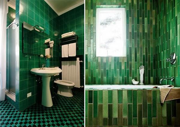 Azulejos Baño Verdes:Decoración de baño con azulejos en diferentes tonalidades verdes en