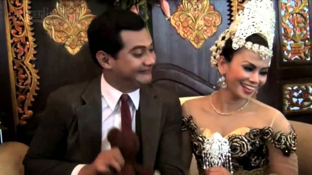 VIDEO PERNIKAHAN VICO RACHMAN MR BEAN VS MURNIATI 2014 Vico Rahman Menikah Pakai Baju Mr. Bean